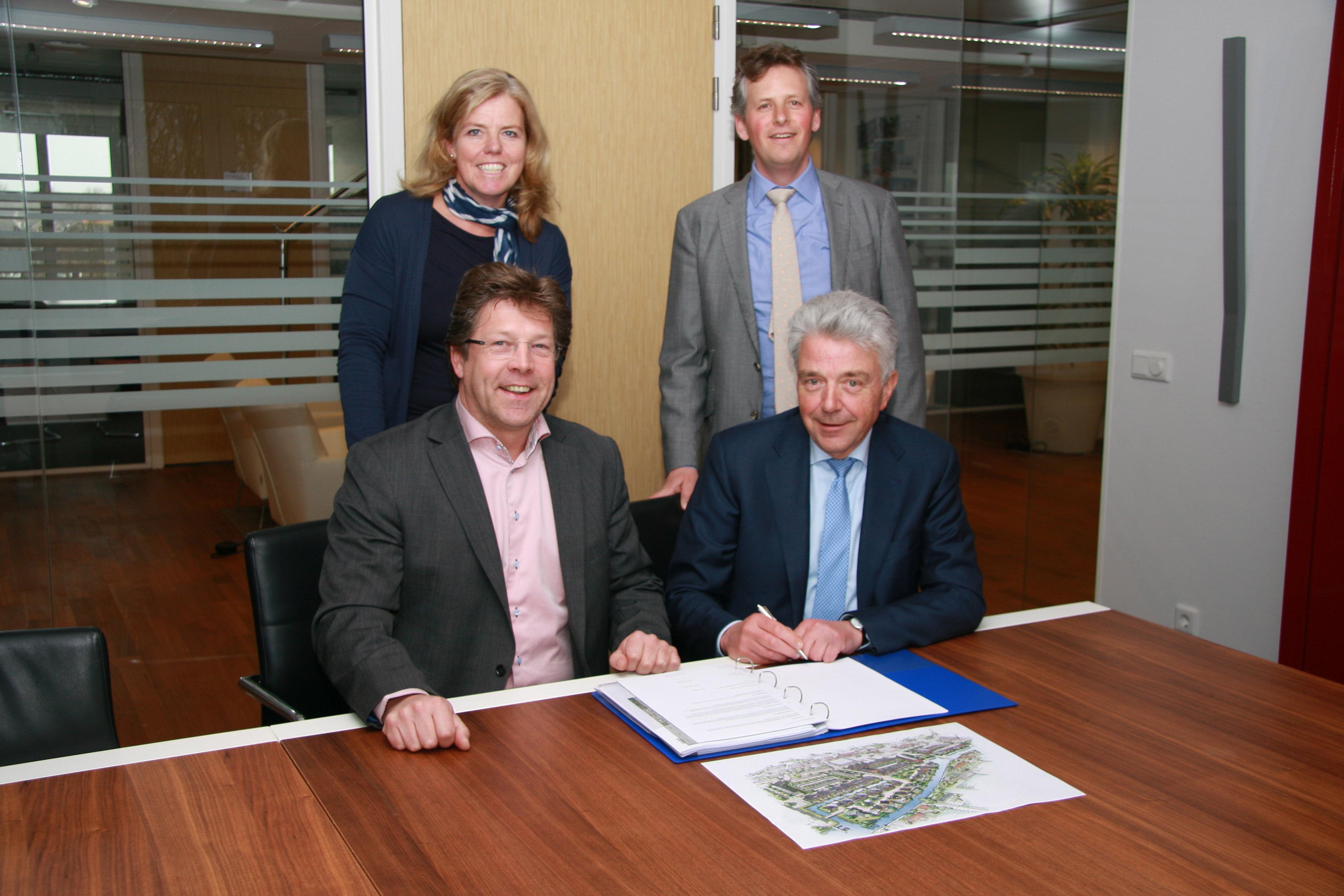 Ondertekening overeenkomst Poeldijk Dorp